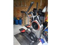 MAX TRAINER M5I. 1 YEAR OLD EXCELLENT CONDITION. GREAT FOR CV WORKOUT AND MUSCLE TONING