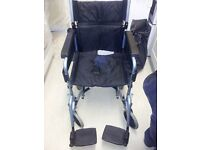 Collapsible wheelchair