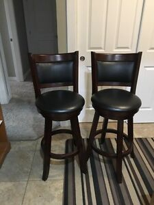 Bar Stools in excellent shape  Regina Regina Area image 3