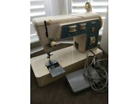 Singer 706 Vintage Sewing Machine Not working for Parts or Repairs