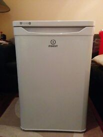 Indesit - Larder Fridge TLAA10(UK)