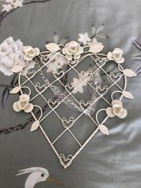 Vintage Heart Shaped Notice Board / Picture Frame - NEW
