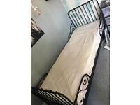Extendable single bed £30! With mattress!
