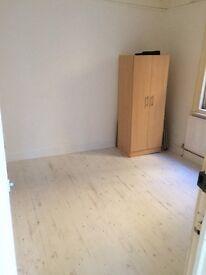 !!newley refurbished 1 bed flat!!