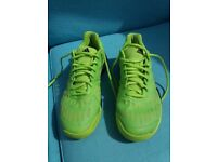 Adidas Barricade Tennis Trainers Size 9.5