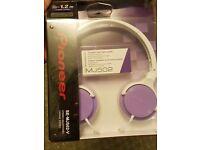 Pioneer MJ502 headphones - brand new