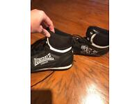 Lonsdale boots