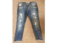 *BRAND-NEW* Jewelled Ripped Boyfriend Jeans