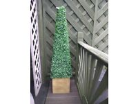 Large garden artificial leaf topiary cone shaped tree. 130cm tall.