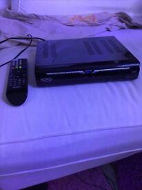 Xoro satellite receiver has CI + slot and remote control