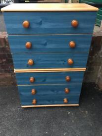 Chest of drawers. 6 drawers.