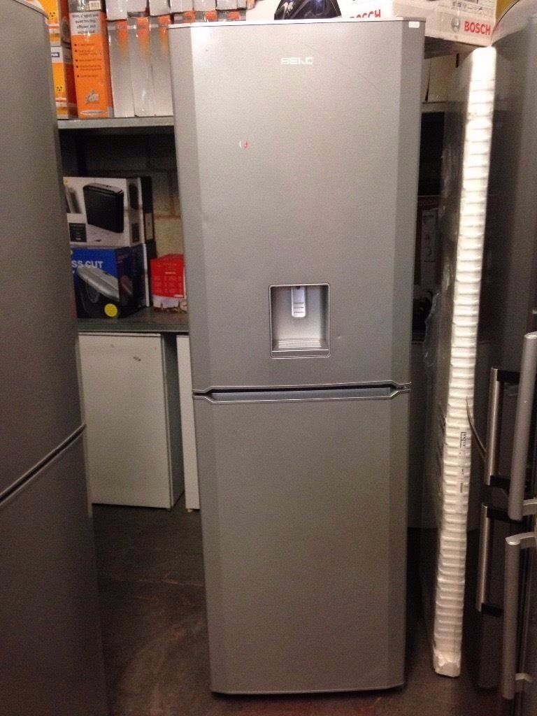 BEKO FRIDGE FREEZER WATER DISDPENSER SILVER RECONIDITONED