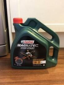 Halfords Castrol Magnatec Engine Oil Brand New Worth £35 4 Litres