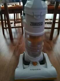 Zanussi 180AW NLS Bagless Cyclonic Upright Vacuum Cleaner