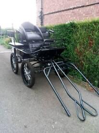 Horse cart pleasure vehicle four wheel