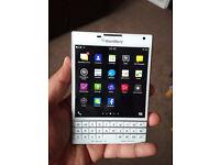 Blackberry Passport 32 GB [White] Limited edition