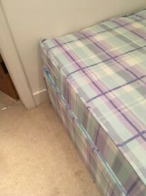 SINGLE BED WITH DRAWERS - REDUCED FOR A QUICK SALE!