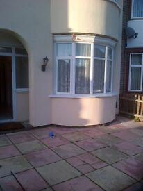 SINGLE ROOM £275PM/£150DEP OFF CATHERINE ROAD LE4 6GX SUIT WORKING TENANT OVER 25YRS AND CLEAN PLS