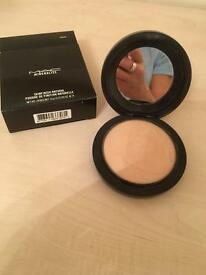 MAC Mineralize SkinFinish Natural - Compact pressed powder Inc Box