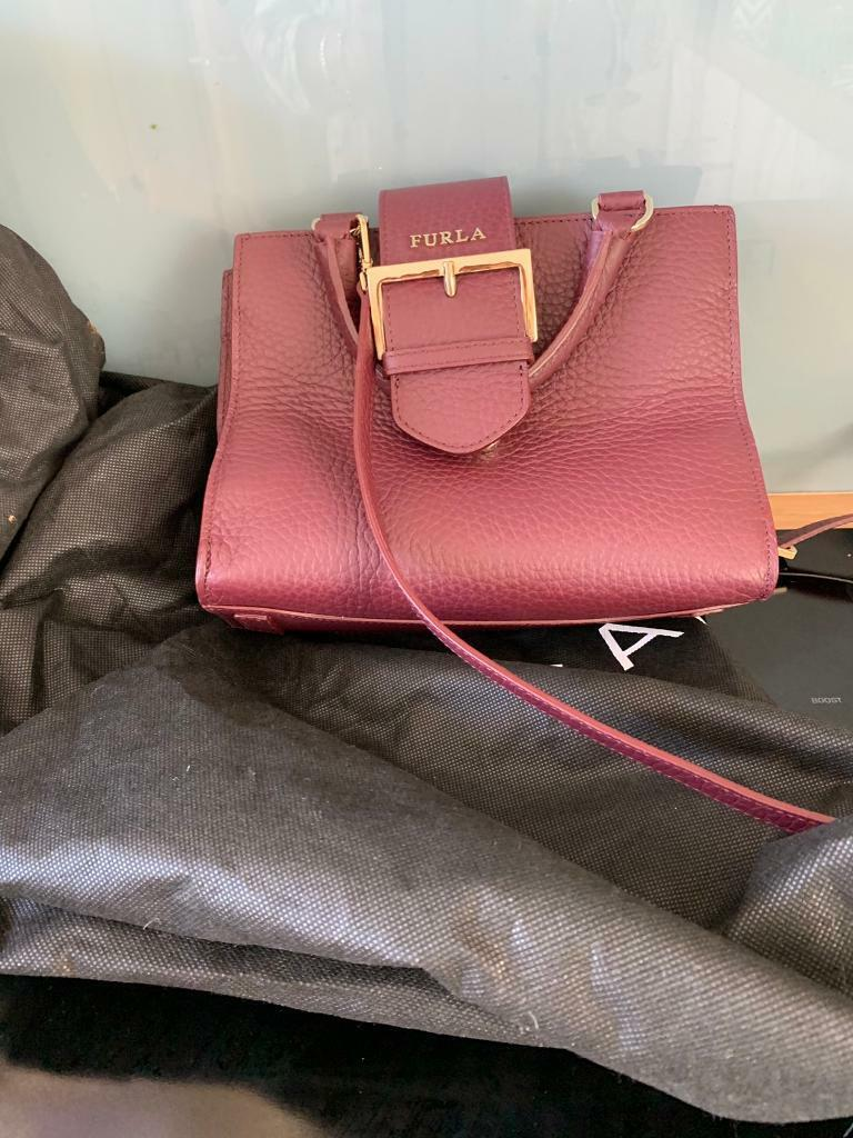 Avon Fiorelli Grey Cross-Body Bag New