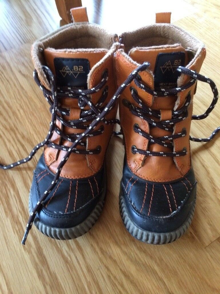 0e3c61194afc NEXT Boys Snow Boots Size 12
