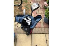 Dunlop Teenagers Goof Bag and Clubs