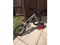 """KIDS EARLY RIDER 16"""" BIKE, GREAT CONDITION, FANTASTIC EASY LIGHT BIKE TO LEARN"""