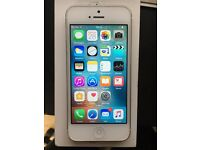 White iPhone 5 16GB Unlocked