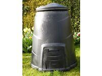 Blackwall 330 litreblack compost converter