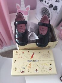 Start Right black paint and leather girls school shoes size 12F