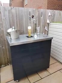Home indoor/outdoor bar