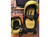 Graco Evo Travel system. Chassis with car seat and pram/pushchair. Can be used from birth
