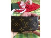 Luis Vuitton Key cles