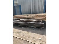 3metre pallets free to collector