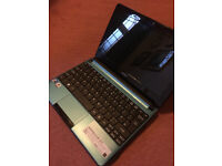 Acer aspire one d270 sapphire netbook with charger