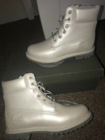PEARL GREY TIMBERLAND WATERPROOF BOOTS