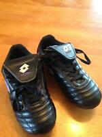 Girl's soccer cleats- never been used