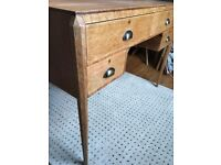 Dressing Table / Console Table / Make Up Table / Vanity