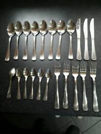 Knife folk set INCOMPLETE