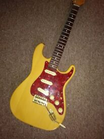 Custom-Build Strat-style Guitar with Bareknuckle-wound Pickups