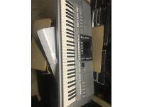 Yamaha PSR-S710 61-Key Arranger Workstation keyboard