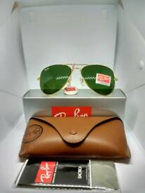 Ray-Ban aviator sunglasses green