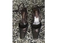 Dark bronze Armando Pollini heels