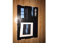 "Brand new BUSH 8"" digital photo frame JD0801-F02W"