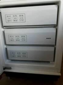 Intergrated freezer Bosch