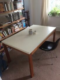 Gordon Russell Mid Century Dining Table. 4-6 Person