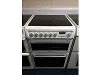 £190 White Hotpoint 60cm Ceramic Top Cooker - 12 Months Warranty