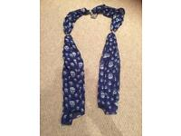 Ladies scarf / wrap - heart