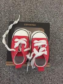 Baby converse size 1 (0-3 months)