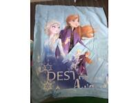 Toddler duvet cover, pillow and fitted sheet